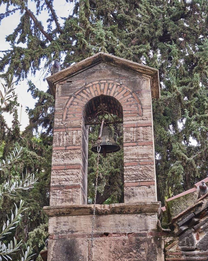 Aten Grekland, Panaghia Kapnikarea kyrkakyrktorn arkivbilder