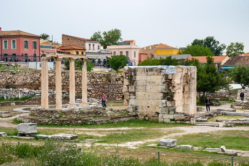 Aten Grekland - 25 04 2019: Sikt av den forntida marknadsplatsen av Aten, Grekland arkivfoto
