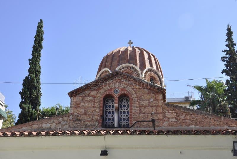 Atenas, el 6 de septiembre: Iglesia de Agia Aikaterini en la capital de Atenas de Grecia imagenes de archivo