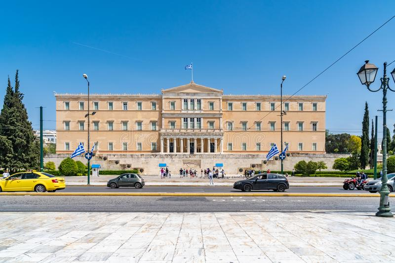 Atenas, Gr?cia - 27 04 2019: Resid?ncia oficial do presidente do Hellenic Republic foto de stock royalty free
