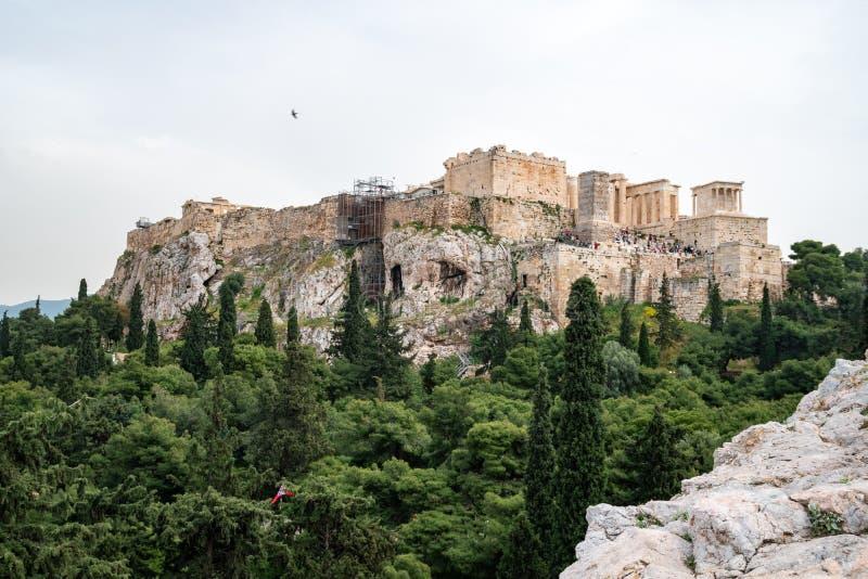 Atenas, Gr?cia - 25 04 2019: Templo do Partenon na acr?pole em Atenas, Gr?cia imagem de stock royalty free