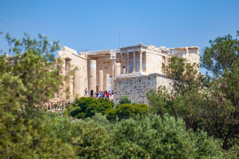 Atenas, Gr?cia - 25 04 2019: Templo do Partenon na acr?pole em Atenas, Gr?cia fotos de stock royalty free