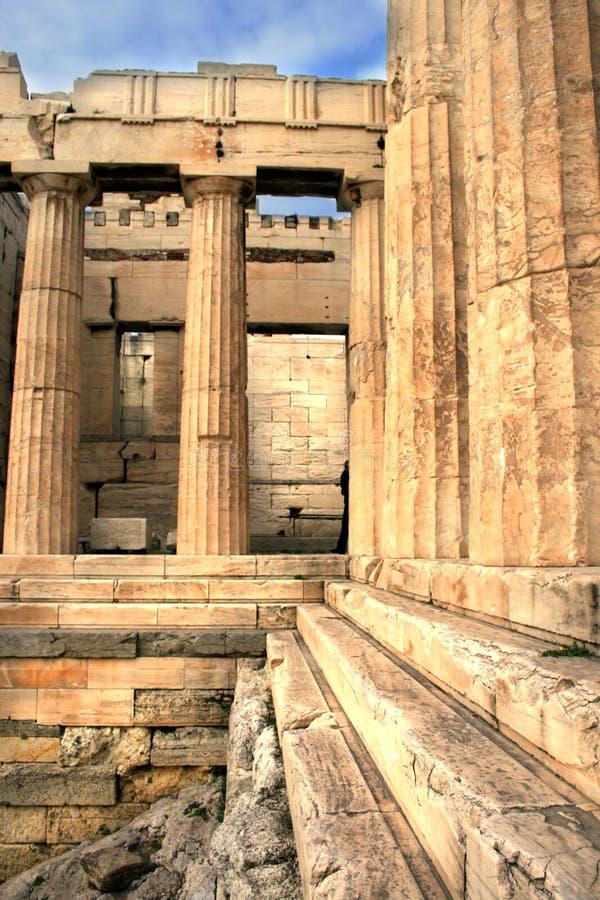 Atenas, Greece - Propylaia do Acropolis fotos de stock royalty free