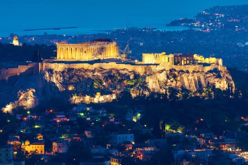 Atenas na noite imagens de stock