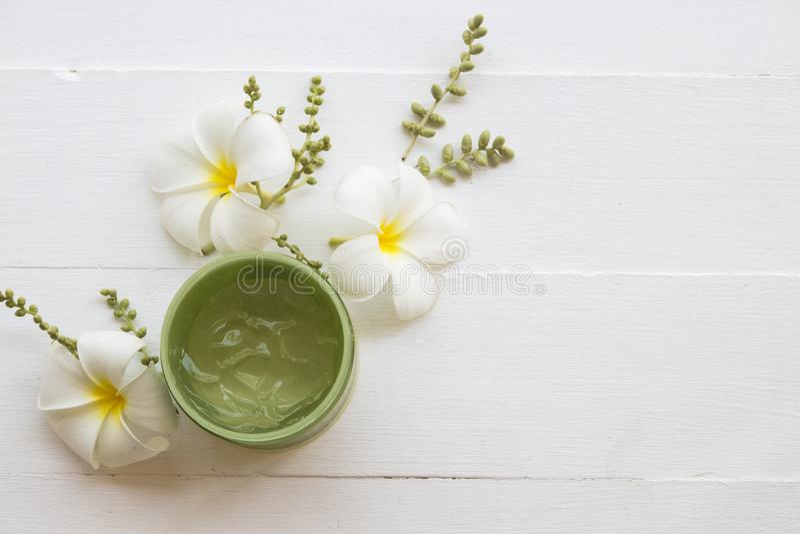 Atención sanitaria natural de la mascarilla del aroma de los cosméticos para la cara de la piel imagen de archivo
