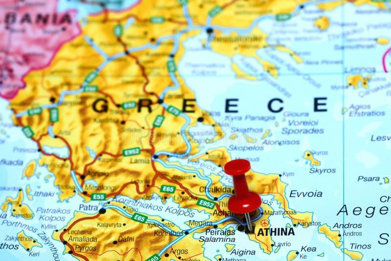 Atene ha appuntato su una mappa di Europa immagini stock libere da diritti