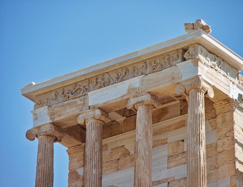 AtenGrekland akropol, tempel av den Athena nikefasaden royaltyfri bild