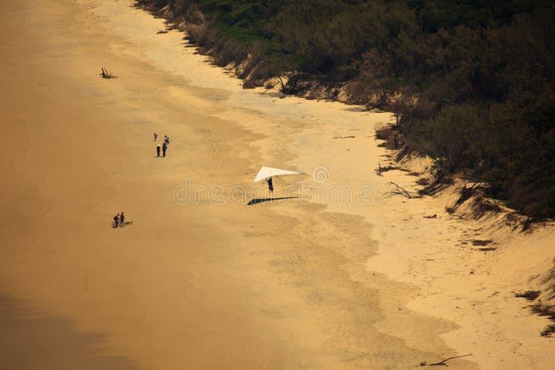 Aterragem de praia para o planador de cair no louro de Byron fotografia de stock royalty free