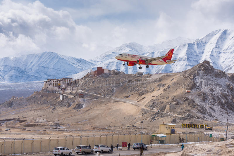 Aterrissagem do plano de Air India imagem de stock royalty free
