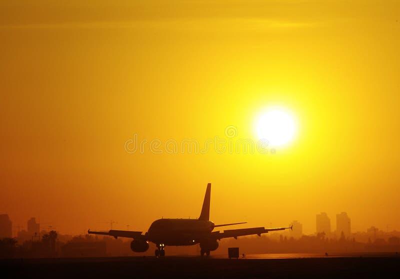Aterrissagem do por do sol imagens de stock royalty free