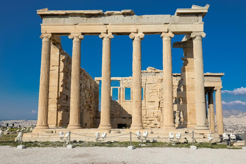 Athènes, Grèce - 14 mars 2017 : Le vieux temple d'Athéna sur l'Acropole d'Athènes, Grèce photographie stock