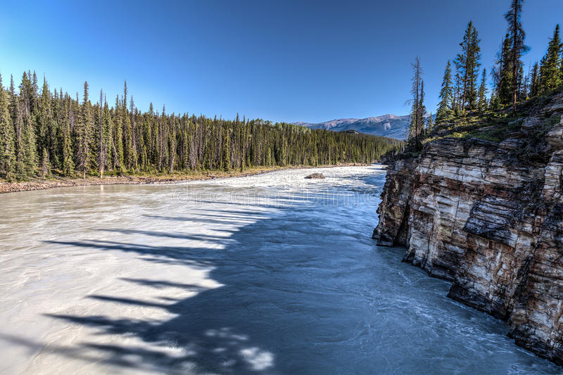 Athabasca-Fluss-Jasper National-Park Alberta CA stockfotos