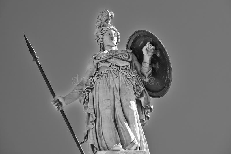 Athena a estátua da deusa do grego clássico imagens de stock