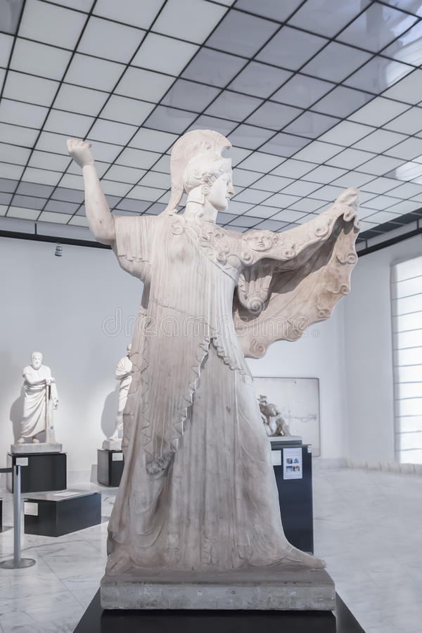 Athena Promachos oder Herculaneum Pallas in Neapel-Staatsangehörigem Archa stockfotos