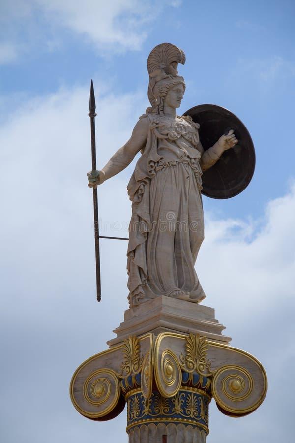 Athena-standbeeld, godin van filosofie en wijsheid stock foto's