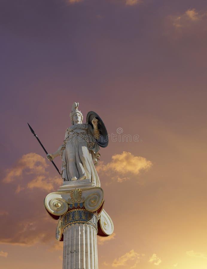Athena staty, gudinnan av vishet och filosofi arkivfoton