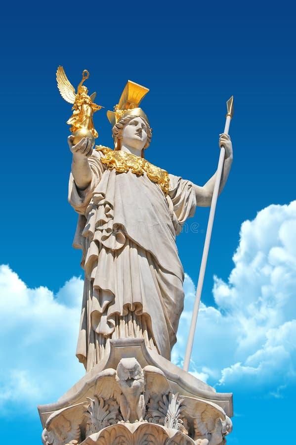 Athene de Pallas devant le parlement autrichien images stock