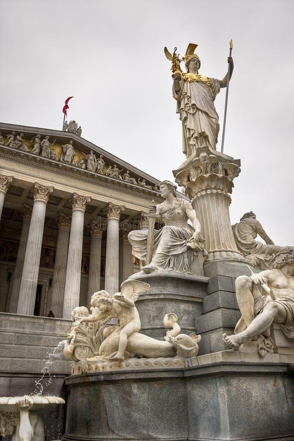 Athene de Pallas devant le parlement autrichien photo libre de droits