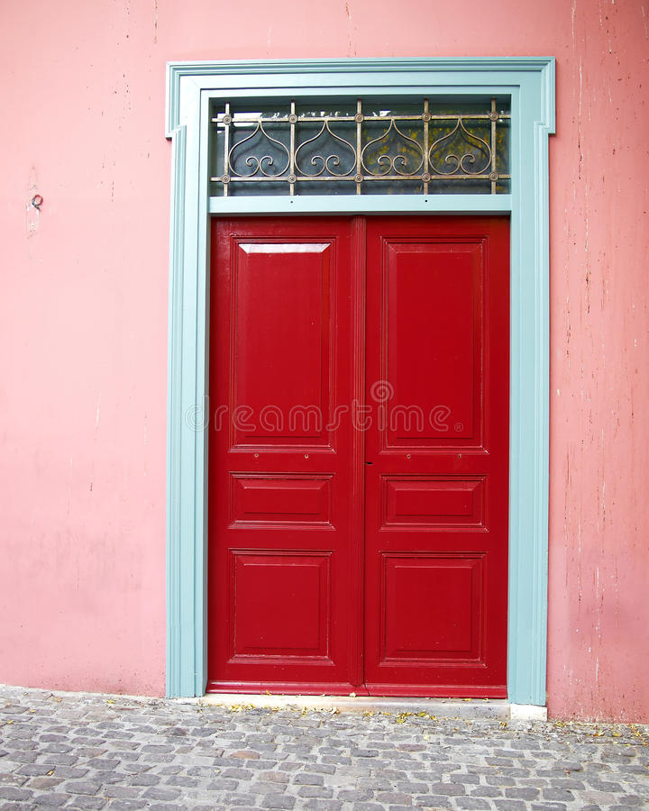 Athene, elegante huis rode deur royalty-vrije stock fotografie