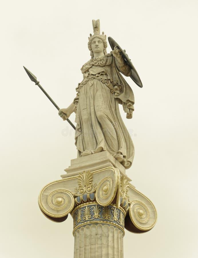 Athene-Statue, die altgriechische Göttin von Klugheit und Wissen lizenzfreie stockbilder