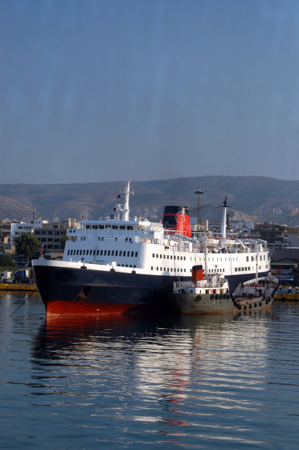 athens łodzi Greece portu zdjęcia royalty free