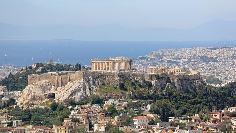 Have a Memorable Island-hopping Experience: Athens and The Saronic Islands