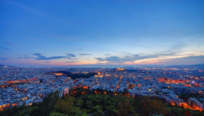 Athens efter solnedgång arkivbild