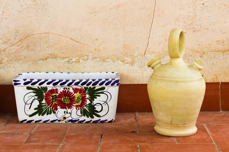 Athenware miotacz z Flowerpot stojakiem obraz royalty free