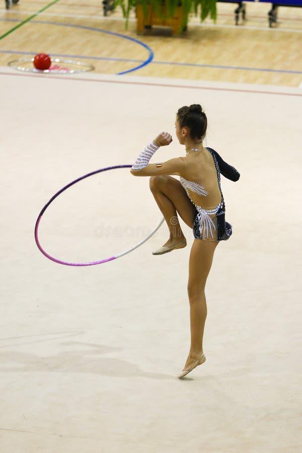 Athlète au championnat national de gymnastique rythmique photo stock