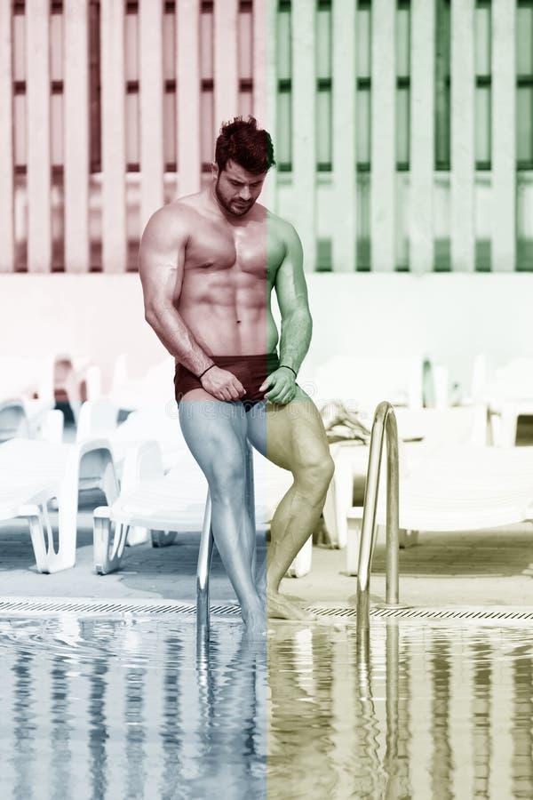 Athleten-At Swimming Outdoor-Pool lizenzfreie stockbilder