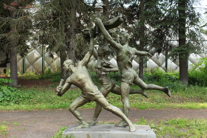 Download Athletes sculpture stock image. Image of statue, history - 32768779