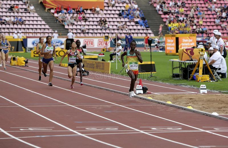 Athlets on the 800 METRES semi-final at the IAAF World U20 Championships in Tampere, Finland on July. TAMPERE, FINLAND, July 11: Athlets on the 800 METRES semi stock photo