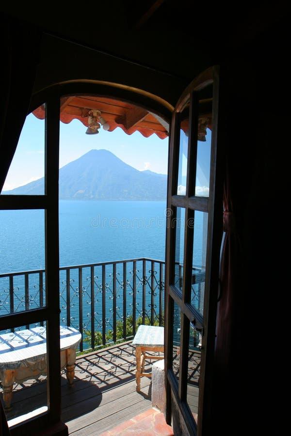 atitlan jeziorny widok zdjęcia royalty free