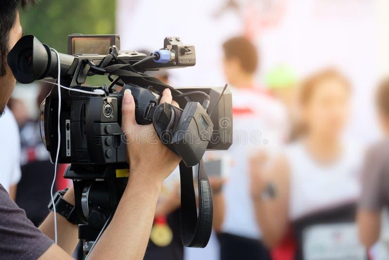 Atividade da gravação de vídeo do fotógrafo fotos de stock