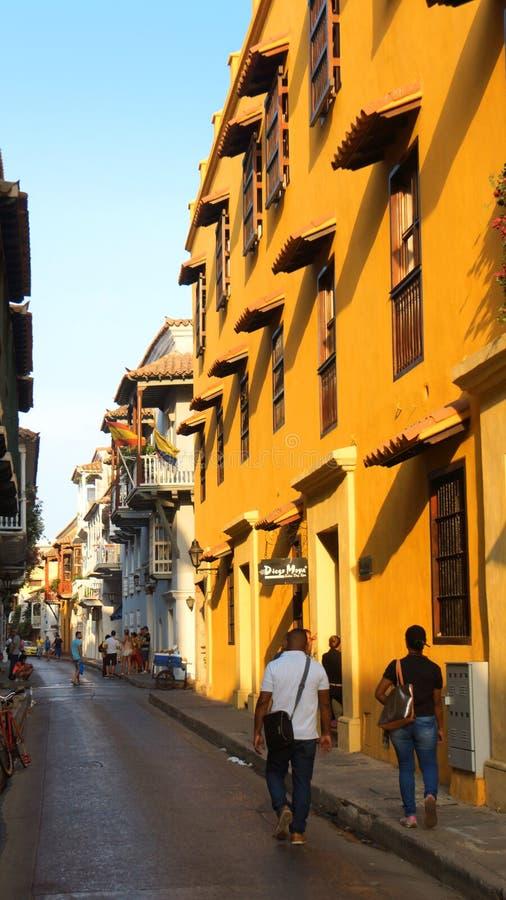 Atividade no centro histórico da cidade de porto de Cartagena fotografia de stock