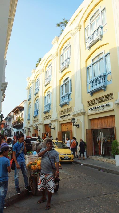 Atividade no centro histórico da cidade de porto de Cartagena imagens de stock royalty free
