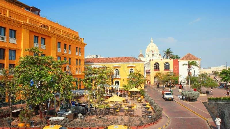 Atividade no centro histórico da cidade de porto de Cartagena imagens de stock