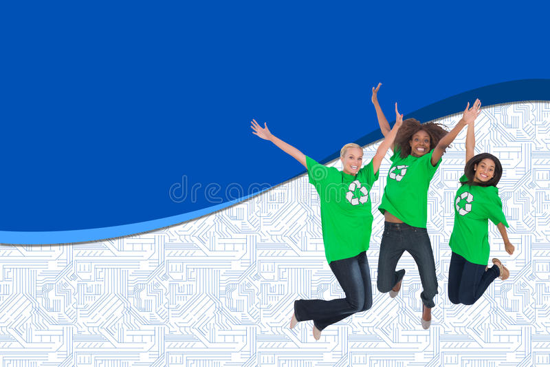 Ativistas ambientais que saltam e que sorriem fotos de stock