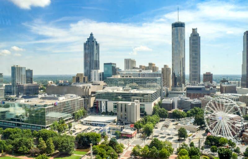 Atlanta depuis Above : Le quartier financier de la ville et le parc olympique photo libre de droits