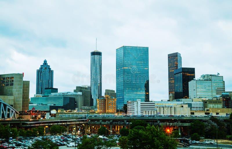 Atlanta do centro na noite imagens de stock royalty free