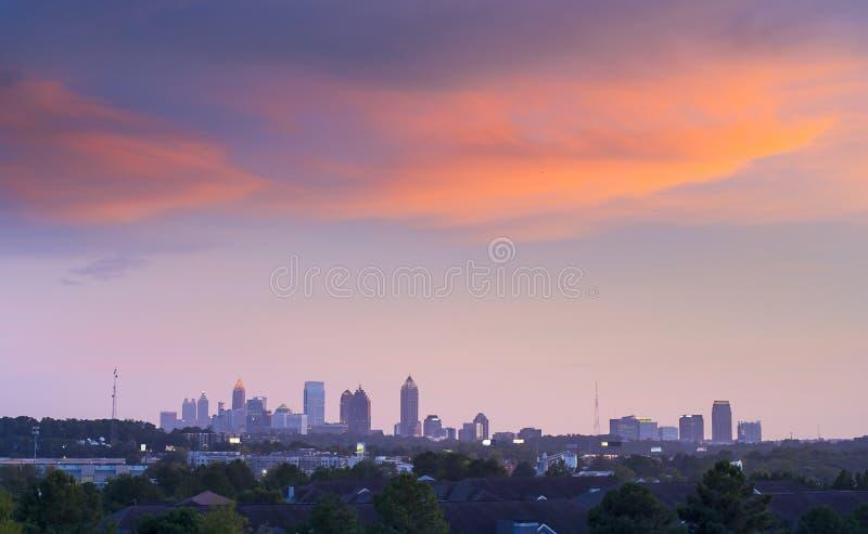 Atlanta du centre dans le crépuscule photo stock