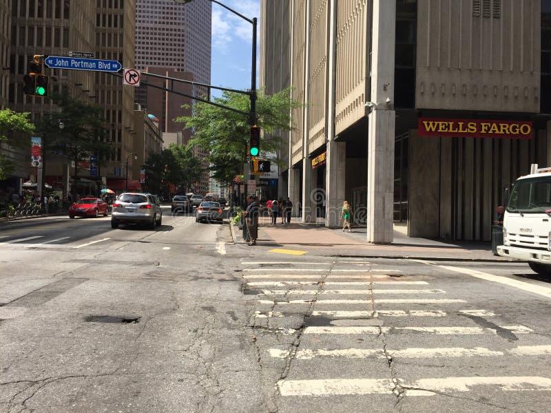 Atlanta, Georgia, im Stadtzentrum gelegenes Stadt-Leben GA stockfotos