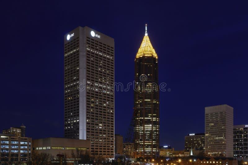 Atlanta, Georgia nachts lizenzfreie stockfotos