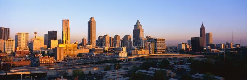 Atlanta horisont på solnedgången arkivbilder