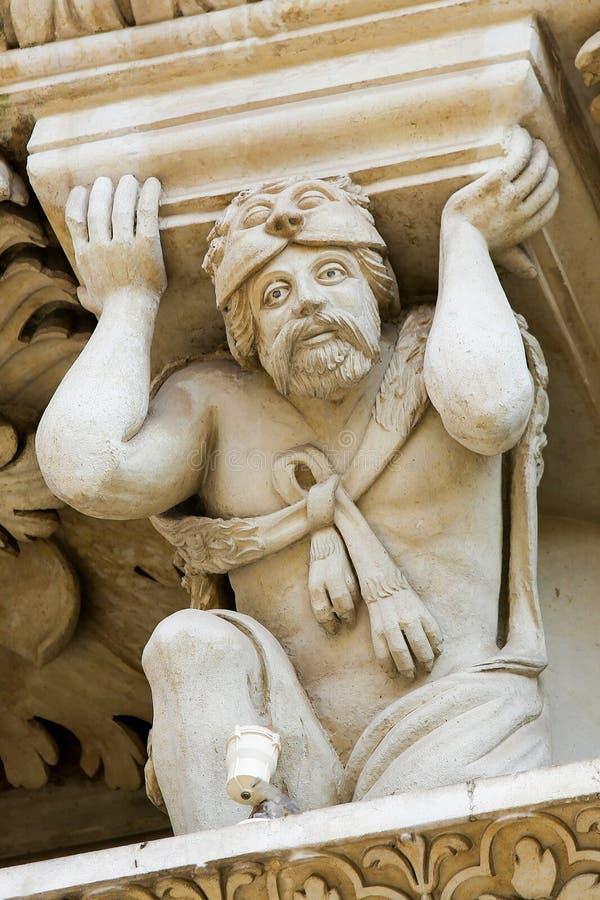 Atlante van Hercules bij de barokke kerk van Santa Croce in Lecce royalty-vrije stock fotografie