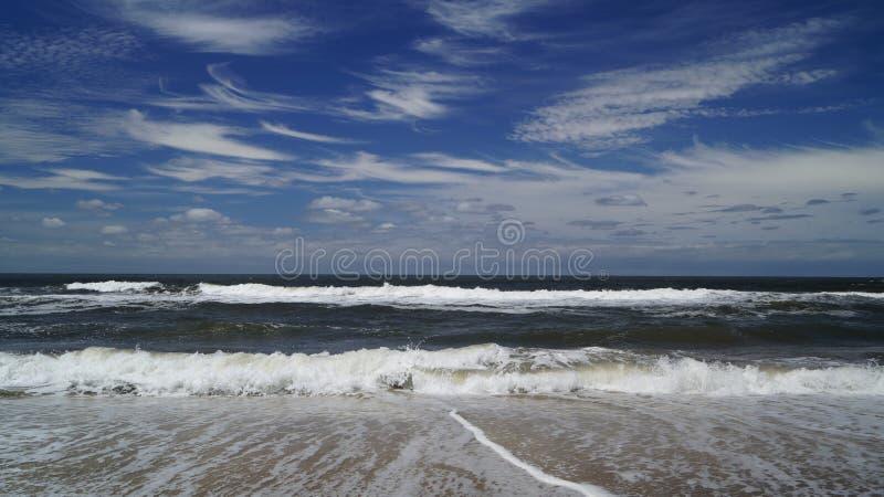 Atlantic Ocean shorebreak royaltyfri foto