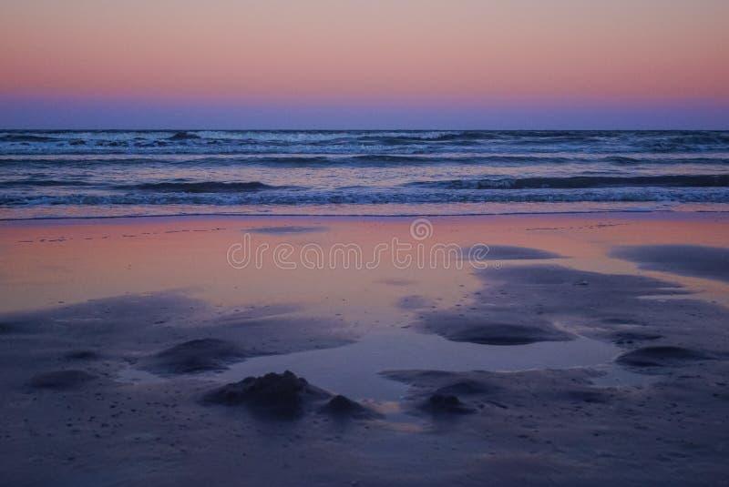 Atlantic Ocean ?ver soluppg?ng fotografering för bildbyråer