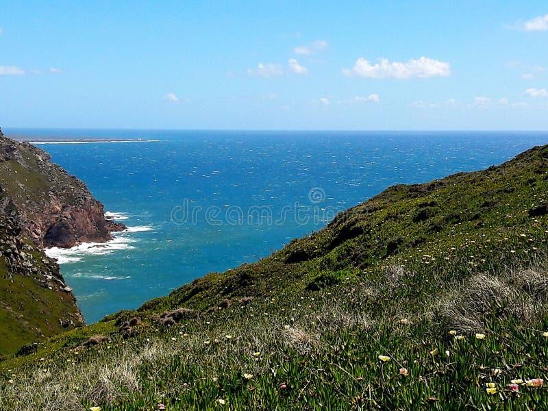 Atlantik in Portugal lizenzfreies stockbild