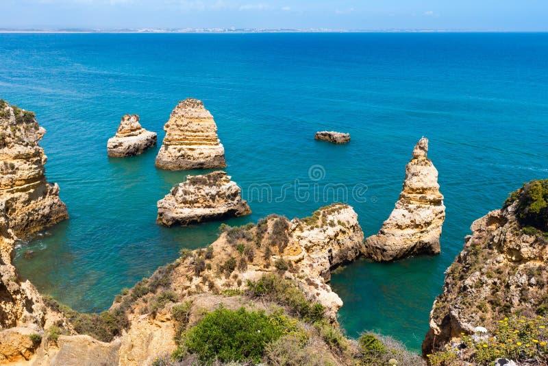 Download Atlantisk Stenig Kustlinje & X28; Algarve Portugal& X29; Arkivfoto - Bild av liggande, geologi: 76702310