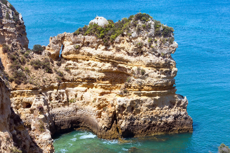 Download Atlantisk Stenig Kustlinje & X28; Ponta Da Piedade, Lagos, Algarve, Port Fotografering för Bildbyråer - Bild av kust, seascape: 76702805